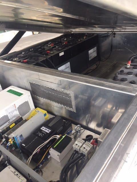 Mobisun-2.0-interior-03-Batteries-e1529446444478